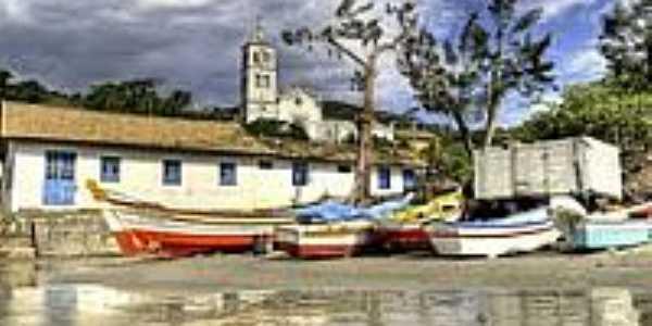 Barcos na Praia de Garopaba-Foto:Germano Schüür