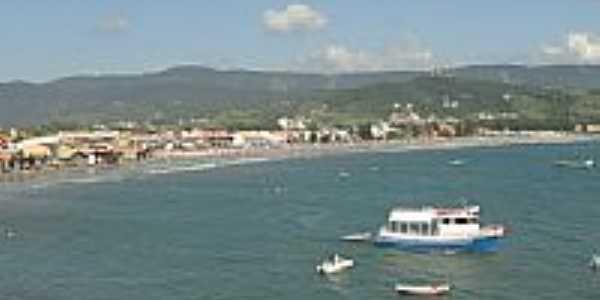 Vista geral da praia central de Garopaba-SC-Foto:Henrique de BORBA