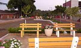 Guatambú - Praça-Foto:Andreia Zezak