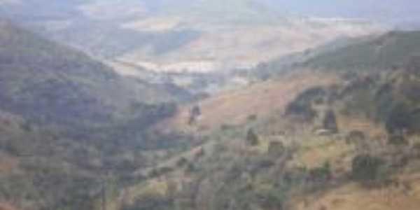 Vista do vale da serra, Por Clayton Murilo Cantu