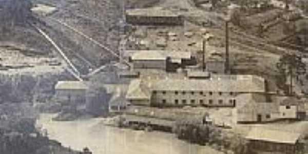 Fábrica de Papel,década de 60,em Ibicuí-Foto:ADÃO A. BECKER