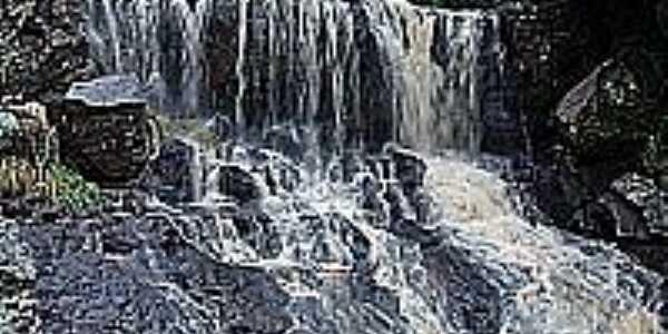 Cachoeira-Foto:THIAGO DAMBROS