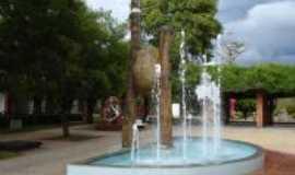 It� - Pra�a Central da cidade, Por Bina