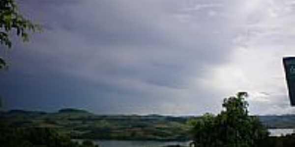 Lago de Itá-SC-Foto:eltonestrada