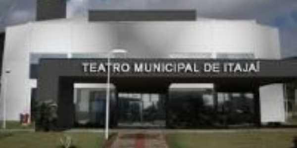 Teatro Municipal, Por Lidia