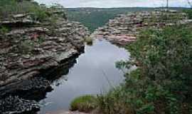 Morro do Chap�u - Cachoeira do Ferro Doido por Cristiano Porto