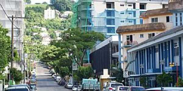 Joaçaba-SC-Rua Tiradentes-Foto:THIAGO DAMBROS
