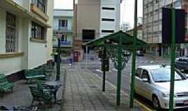 Lages - Ponto de Taxi no centro de Lages-Foto:Caio Graco Machado