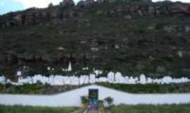 Mucugê - Cemitério, Por Conceição Barreto