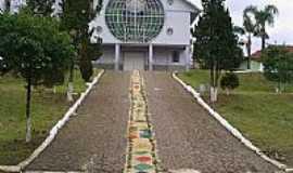 Lebon R�gis - Igreja Matriz no dia de Corpus Christi em Lebon R�gis-Foto:Cristyan Pierdon�