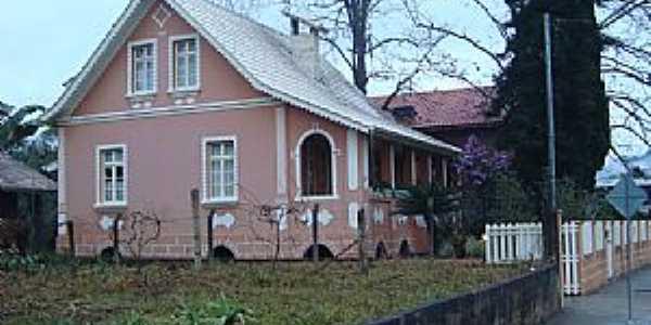 Casa típica do periodo colonial em Lontras/SC  - Por J C de Carvalho