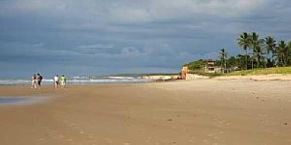 Mucuri-BA-Praia da Costa Dourada-Foto:Ariel Cerri