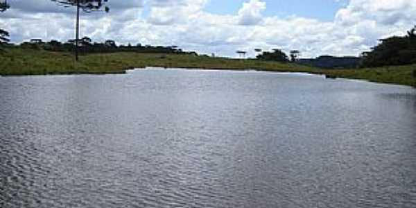 Matos Costa-SC-Represa na Fazenda Campo Alto-Foto:Alceu Bendlin