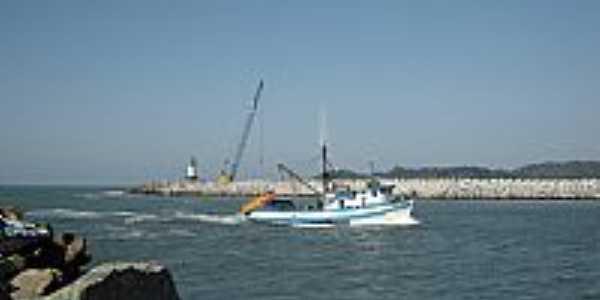Navegantes-SC-Entrada do Porto de Itajaí-Foto:Romão