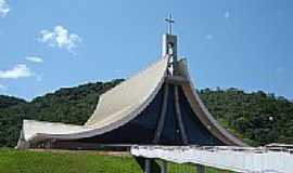 Nova Trento - Santuário de Santa Paulina em Nova Trento-SC-Foto:Romão