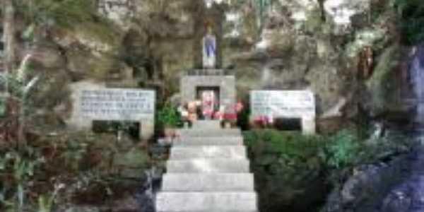 gruta nossa senhora de Lourdes Rio Amaral sc., Por Maria de Fátima Costa