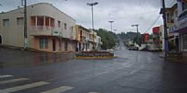 Avenida Brasil em Palmitos-SC-Foto:Claudia Venturi