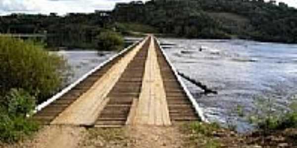 Ponte Baixa no Rio Chapecó em Passos Maia-SC-Foto:Pedro L. V. Junior
