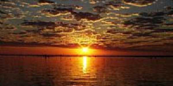 Nascer do Sol - por Sidnei Neves