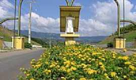 Petrol�ndia - Cristo no P�rtico de entrada de Petrol�ndia-SC-Foto:Maur�cio Borghesan