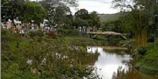Riacho no centro de Mutu�pe-BA-Foto:NAYLTON CERQUEIRA