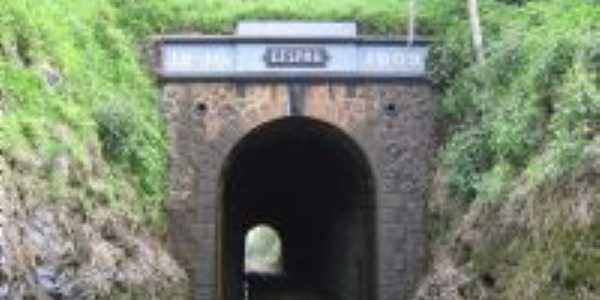 Túnel Histórico, Por Josane Tonello