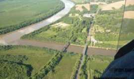 Poço Preto - Foz do rio Timbó no rio Iguaçu em Poço Preto - SC, Por Edson Thadeu