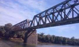 Poço Preto - Ponte centenária de trem em Poço Preto - SC, Por Edson Thadeu