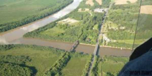 Foz do rio Timbó no rio Iguaçu em Poço Preto - SC, Por Edson Thadeu