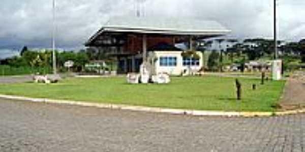 Terminal Rodoviário-Foto:leonir angelo lunard…
