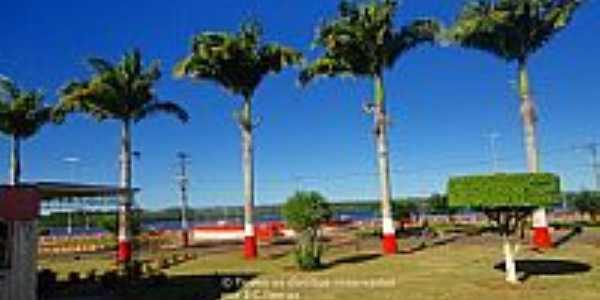 Nilo Peçanha-BA-Praça central-Foto:Ze Claudio