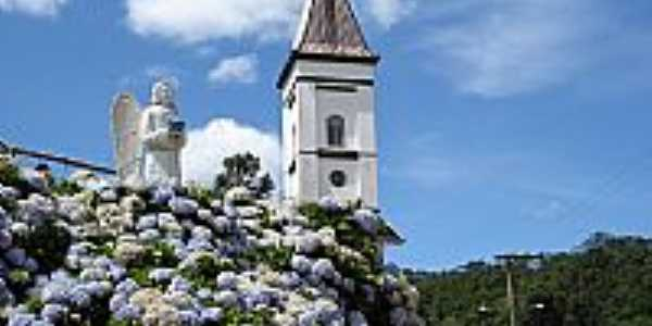 Rodeio-SC-Igreja,Anjo e hortências no Bairro Ipiranga-Foto:Carlos C. Nasato