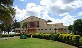 Santa Lúcia - Igreja Católica  no Distrito de Santa Lúcia-Foto:grigolo