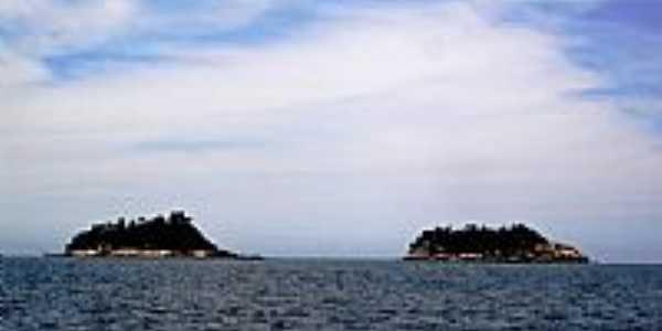 Ilhas do Cação e do Veado-Foto:Renovatiotur Náutica…