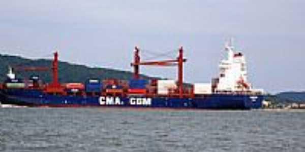 Navio cargueiro-Foto:Renovatiotur Náutica…