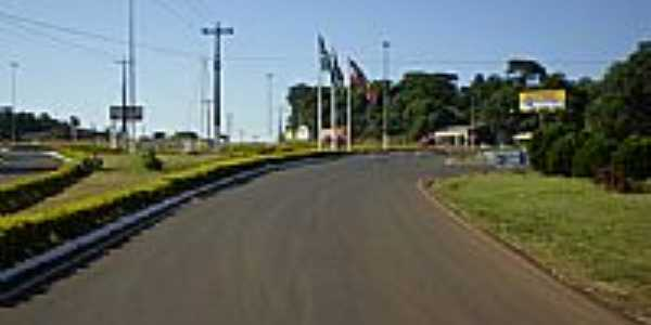 Trevo de acesso de São Miguel do Oeste-SC-Foto:Ullmann