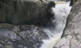 São Pedro de Alcântara - Cachoeira na RPPN Rio das Lontras, uma Reserva Particular do Patrimônio Natural., Por Fernando José Pimentel Teixeira