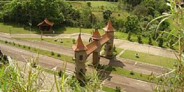 Imagens da cidade de Saudades - SC