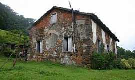 Siderópolis - Siderópolis-SC-Casa de Pedra construida em 1914-Foto:Hotel Costa Rique-Face