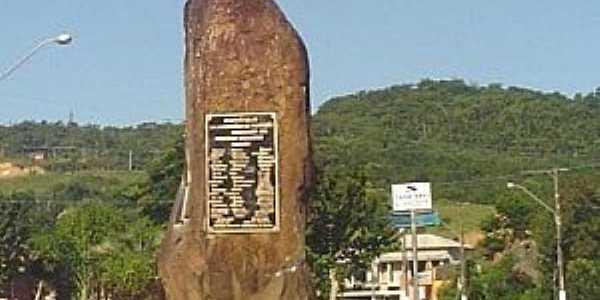 Siderópolis-SC-Monumento de Pedra-Foto:www.sideropolis.sc.gov.br