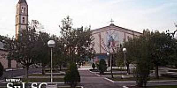 Praça e Igreja Matriz de Timbé do Sul-SC-Foto:Brenner W. C.