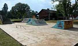 Três Barras - Pista de Skate em Três Barras - SC Fotos: Lysandro Lima.