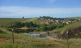 Nova Lídice - Nova Lídice-BA-Vista do Rio Alcobaça e o Povoado-Foto:Welte Brown