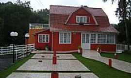 Trombudo Central - Casa em estilo Germ�nico-Foto:Angelo Ronchi