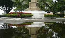 Aracaju - Aracaju-SE-Monumento na Praça Dr.Joaquim Barbosa-Foto:Paulo Targino Moreir…