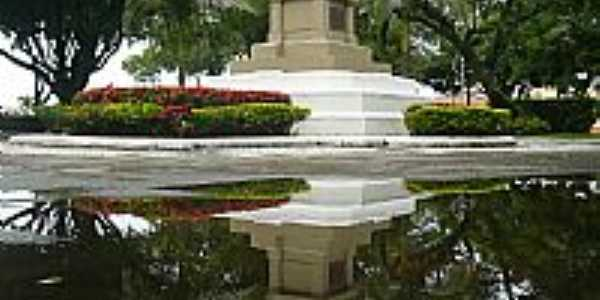 Aracaju-SE-Monumento na Pra�a Dr.Joaquim Barbosa-Foto:Paulo Targino Moreir�