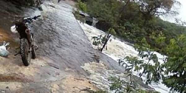 Rio Santo Antonio em Novo Acre - BA