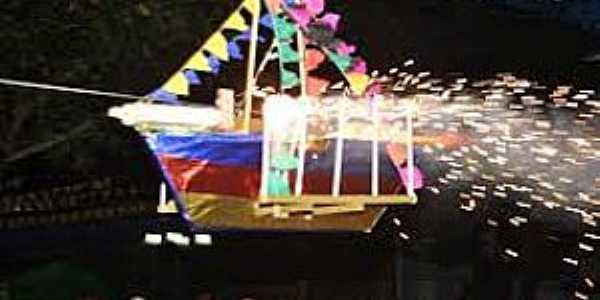 Estância-SE-Barco de Fogo-Foto:parabolicanews.blogspot.com