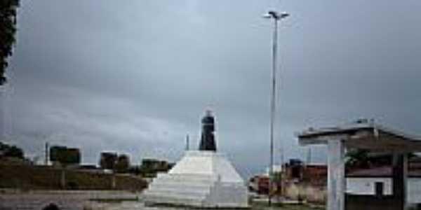 Imagem na praça de Ilha das Flores-Foto:Sergio Falcetti