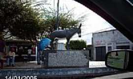 Itabi - Monumento em homenagem ao Festival de Jegue em Itabi-SE-Foto:Sergio Falcetti